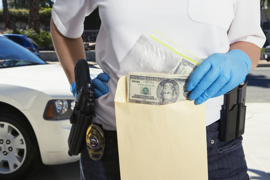 asset forfeiture Forfeiture - translation to spanish, pronunciation, and forum discussions.